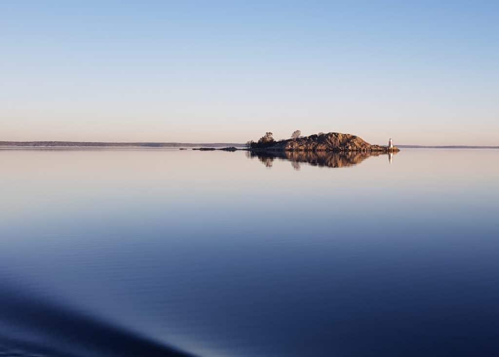 Östersjön och en ö